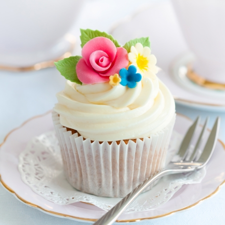 gumpaste: Cupcake