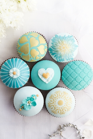 teal: Wedding cupcakes