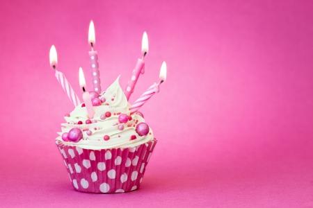 Cumpleaños de la magdalena rosada