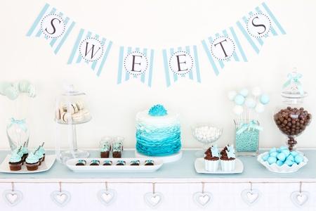 buffet: Dessert tafel Stockfoto
