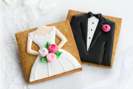 Bride and groom cookies photo