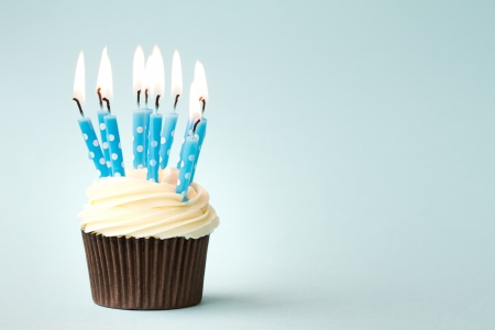 candeline compleanno: Cupcake compleanno Archivio Fotografico