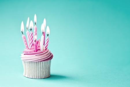 gateau anniversaire: Petit g?teau anniversaire