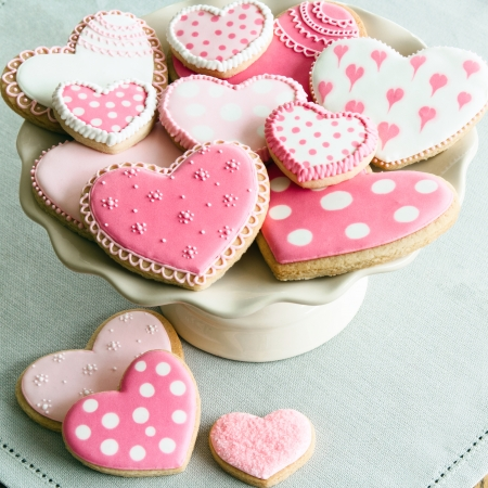 Cake stand filled with Valentine cookies