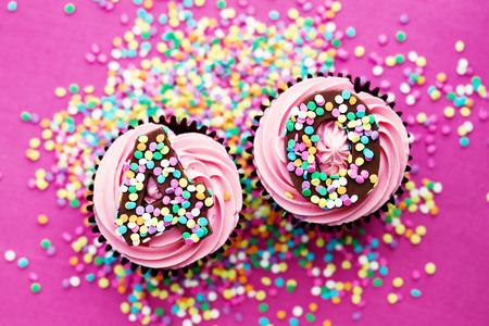 40 歳の誕生日のカップケーキ