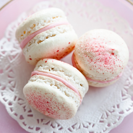 macarons: Macarons filled with strawberry cream