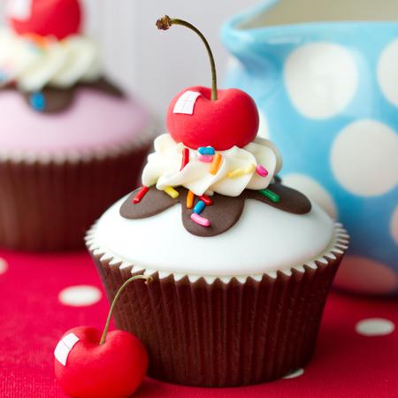 Roomijsijscoupe cupcake