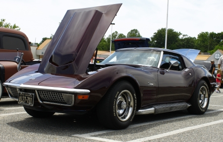 GLOUCESTER, VA- MAY 12:A Corvette at the relay for life car shows sponsored by Auto Max & the MPCC at the Main St shopping center in Gloucester Virginia, 2012 in Gloucester Virginia on May 12, 2012. Stock Photo - 13744148
