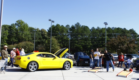 GLOUCESTER, VA- OCTOBER 13:Cornhole toss at the Ken Houtz Chevrolet Buick, Camaro VS Corvette Humane Society car show and food drive in Gloucester, Virginia on October 13, 2012 Stock Photo - 15744817