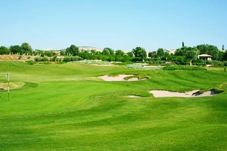 Golf field in Cyprus mountain village. Standard-Bild