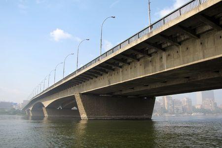 Brücke auf dem Nil, Kairo, Ägypten  Standard-Bild - 6103515