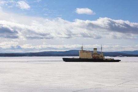 snow break: Icebreaker Stock Photo