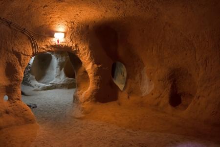 kappadokien: Unterirdische Stadt der Saratli, T�rkei Lizenzfreie Bilder