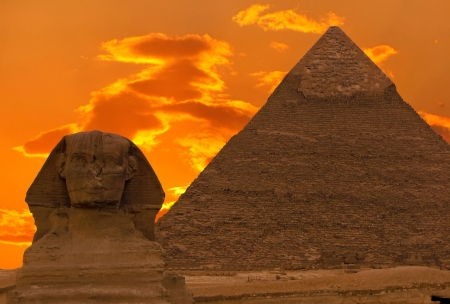 sphinx: The Sphinx and Great Pyramid, Egypt Stock Photo