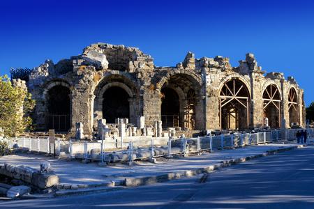 teatro antico: Teatro Antico a Side, Turchia
