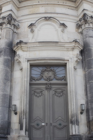 Door of Dresden Catholic Cathedral 免版税图像