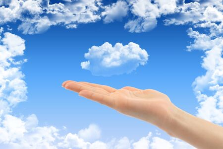 thinking cloud: Cloud computing concept with woman hand