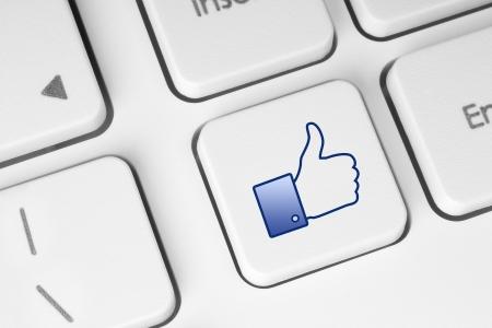 Like button on keyboard  Stock Photo - 14376580