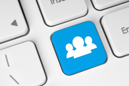 tecla enter: Medios de comunicaci�n social en concepto de fondo del teclado