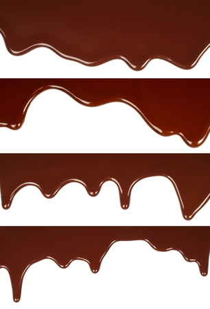 syrup: Chocolate derretido goteo fijado en el fondo blanco Foto de archivo