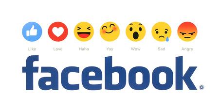 Kiev, Ucrânia - 09 de fevereiro de 2016: Novo Facebook como botão 6 Reacções Empathetic Emoji impressos em papel branco. Facebook é um serviço de rede social bem conhecido.