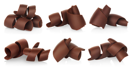 Chocolate shavings set on white background close-up Imagens - 113967270