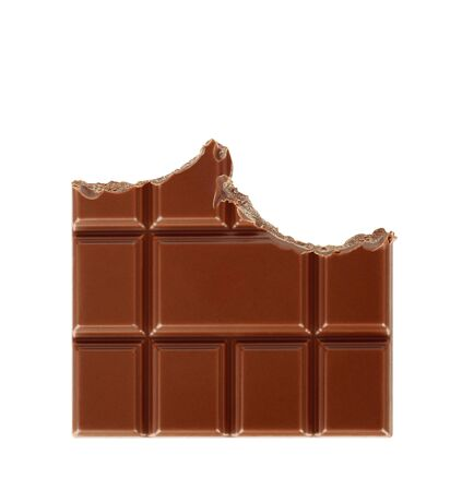 Bitten milk chocolate bar isolated on white background close-up 版權商用圖片 - 142086613
