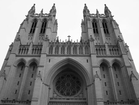 bw: Cathedral