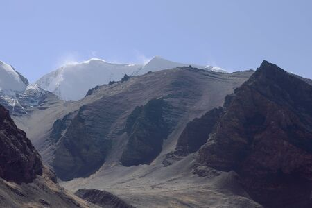 falltime: Himalayas mountains seen towards the South from the 5036 ms.high Karo La-mountain pass in the Lhagoi Kangri range of the Himalayas. Lhoka or Shannan pref.-Tibet.