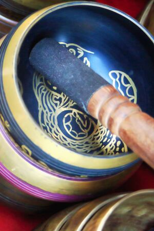 rin gong: Traditional nepalese singing bowls-rin gongs-suzu gongs-tibetan bowls-Himalayan bowls in a souvenir shop of the Thamel area in Kathmandu. Kathmandu district-Bagmati zone-Nepal.