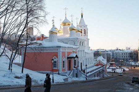 Spasskaya hapel met kathedraal tempel ter ere van Ioann's Predtecha geboorte op bodem stad, Nizniy Novgorod