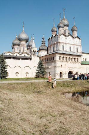 reverential: Antiche chiese a Rostov-Velikiy, la Russia