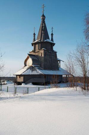 Oude houten kerk in Povenets, Karelija, Rusland Stockfoto