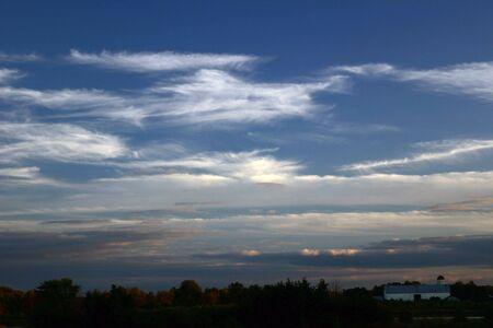 Amish barn and evening sky Banco de Imagens