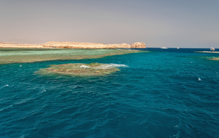 Sinai mountains and picturesque landscapes of the red sea in Egypt. Boat trip on the red sea. Stok Fotoğraf - 119135111