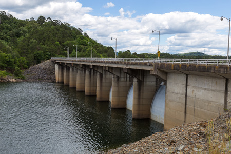 oklahoma: View of the dam in Beavers Bend State Park, Oklahoma.