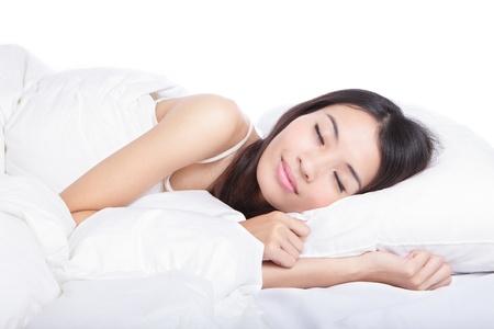 asian home: Dormire ragazza sul letto la mattina, il modello � una bellezza asiatico Archivio Fotografico