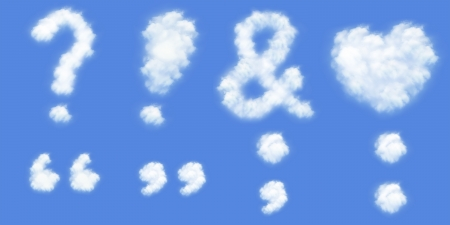 interrogativa: Corazón amor, signo de interrogación, exclamación, Ampersand, Colón, punto y coma y comillas en las nubes se forman con el fondo azul