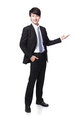 Asian male model: Thanh niên đẹp trai người đàn ông kinh doanh trình bày trong toàn bộ chiều dài bị cô lập trên một nền trắng, nam người mẫu châu Á