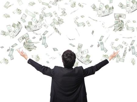 процветание: вид сзади деловой человек обнял деньгами, изолированных на белом фоне, концепция для успеха бизнеса, азиатская модель