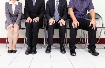 entrevista: personas esperando para la entrevista de trabajo, las personas asi�ticas Foto de archivo
