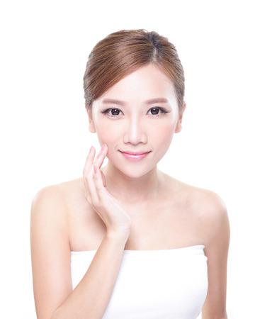 흰색 배경에 고립 된 아름다움 얼굴과 완벽 한 피부를 가진 여자의 초상화, 아시아 스톡 콘텐츠
