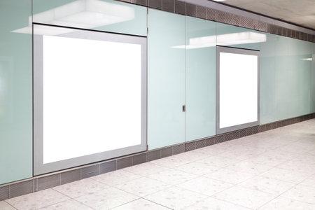 イギリス、ロンドン、ヒースロー空港で空港でブランクの看板撮影