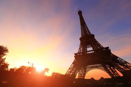 silhouette of eiffel tower in Paris with sunset Zdjęcie Seryjne