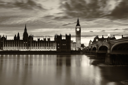 london big ben: Monochrome Big Ben and London at night
