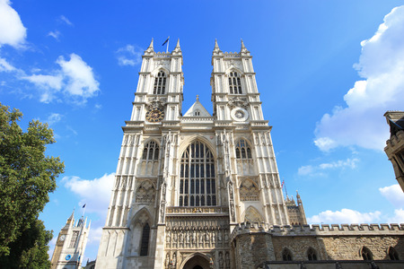 Westminster Abbey with blue sky and cloud in London, United Kingdom, uk 스톡 콘텐츠