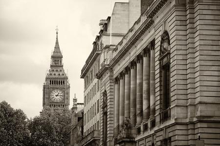 Monochrome Big Ben and London with overcast sky, United Kingdom,uk 版權商用圖片