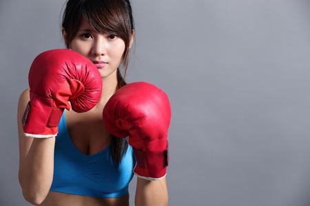 건강: 권투 장갑 여자, 아시아 아름다움 스톡 콘텐츠