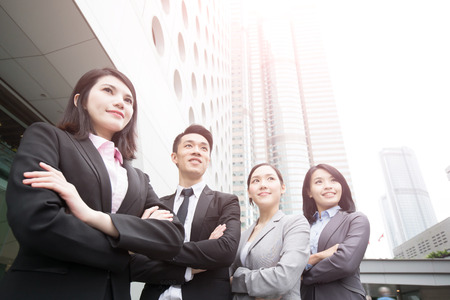 Geschäftsleute Team im Büro, erschossen in Hong Kong, asiatische Frau und Mann