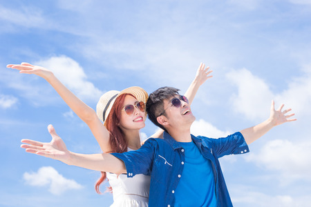 couple feel free and enjoy with blue sky Imagens